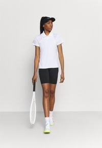 adidas Performance - CLUB TENNIS AEROREADY - T-shirt sportiva - white/grey two - 1
