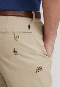 Polo Ralph Lauren - SLIM FIT BEDFORD PANT - Chino kalhoty - tan - 5