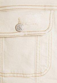 Calvin Klein Jeans - REGULAR JACKET - Veste en jean - denim light - 2