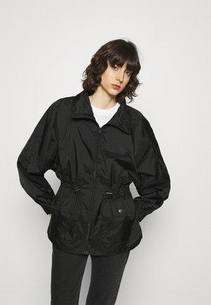 JACKET TEKLA SHARP - Summer jacket - black