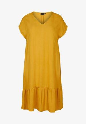 VMACY DRESS - Jersey dress - HARVEST GOLD