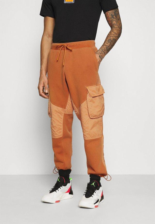 WASHED - Teplákové kalhoty - monarch/black