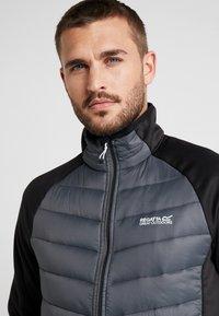 Regatta - BESTLA HYBRID - Outdoor jacket - black/magnet - 3