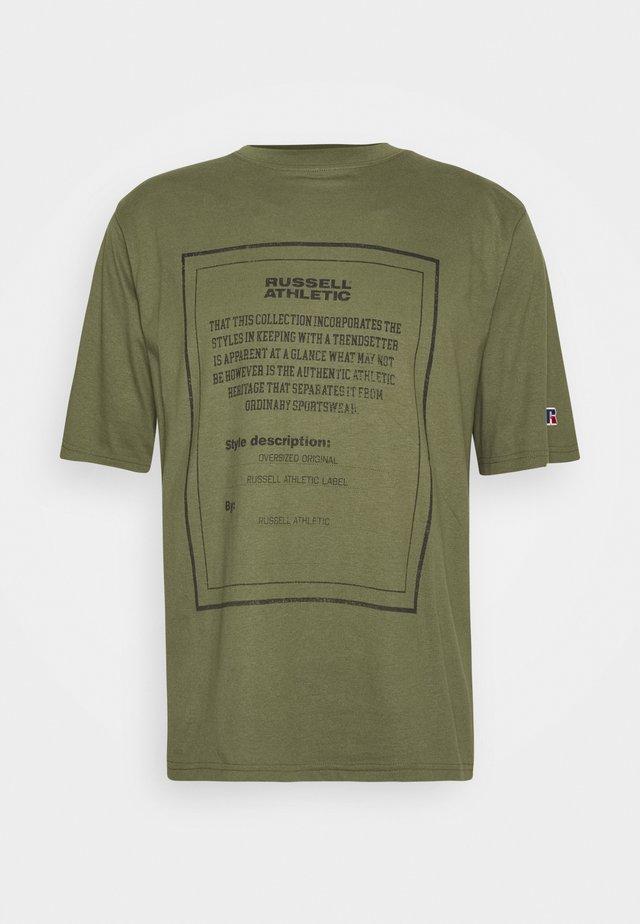 JAYDEN MODERN CREWNECK TEE UNISEX - Camiseta estampada - four leav clover