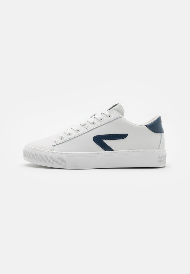 HOOK  - Sneakers laag - light grey/blue