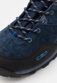CMP - ALCOR MID TREKKING SHOE WP - Obuwie hikingowe - baby blue/denim - 5