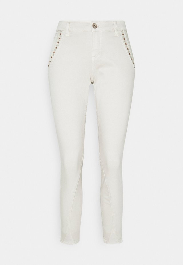 HOLLY PANT 7/8 - Trousers - birch