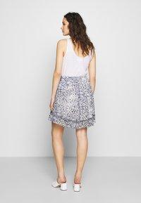 Second Female - CLOUDS SHORT SKIRT - Mini skirt - faded denim - 2