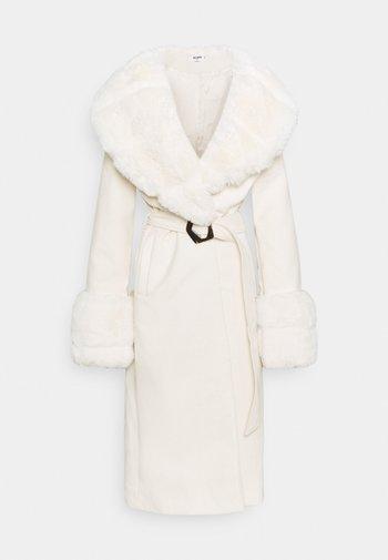 COLLAR CUFF COAT - Abrigo clásico - cream