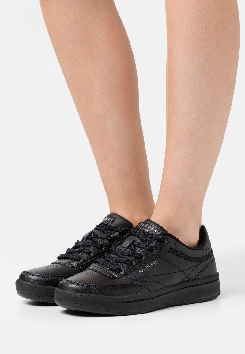 Skechers Sport - DOWNTOWN - Trainers - black