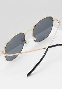 QUAY AUSTRALIA - JEZABELL - Sunglasses - gold-coloured - 3