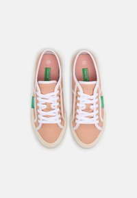 Benetton - TYKE PLUS - Sneakers basse - coquille/white - 4