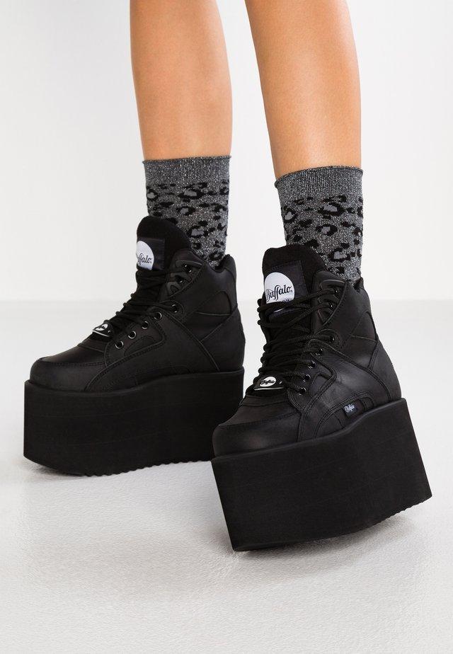 Høye joggesko - black