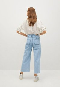 Mango - CAROL - Flared Jeans - light blue - 2