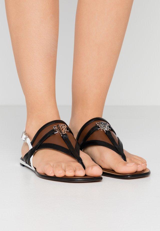 Sandaler m/ tåsplit - braun