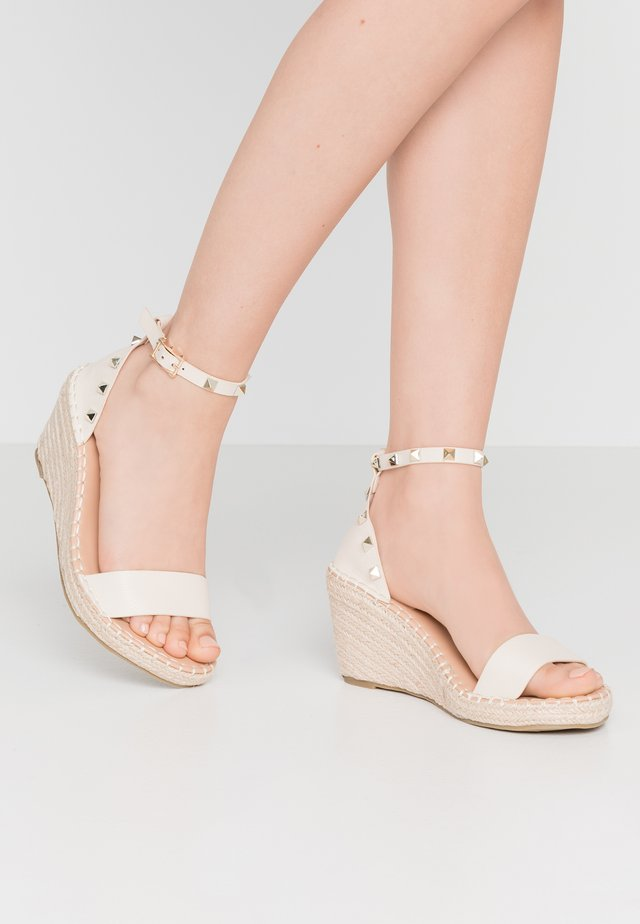 WIDE FIT TAMSIN - Loafers - nude