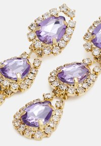 Pieces - FPPARLINA GOLD PLATED GEMSTONES DROP EARRINGS ZAL - Øredobber - gold-coloured - 2