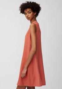 Marc O'Polo - DRESS - Sukienka letnia - burnt orange - 4