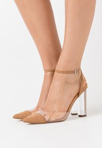 Dorothy Perkins - ETSIE PERSPEX HEEL COURT - High heels - nude - 0