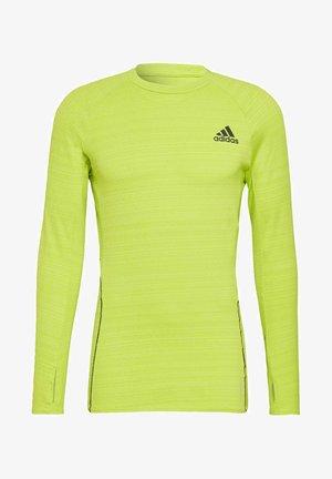 RUNNER LONG-SLEEVE TOP - Long sleeved top - green