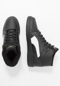 Puma - REBOUND LAYUP UNISEX - Höga sneakers - black/white - 1