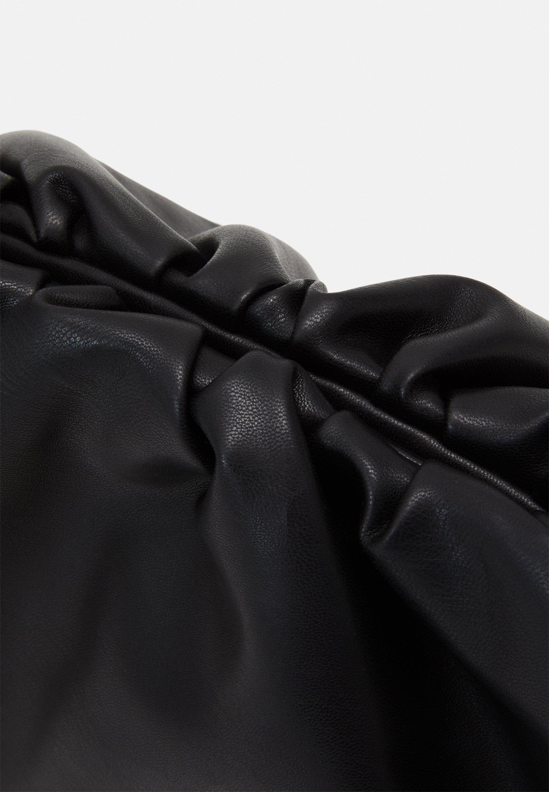 Steve Madden JESSICA POUCH - Clutch - black/svart Bex05Ror2gKno8K