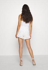 Tiger Mist - ZENNA - Shorts - white - 2