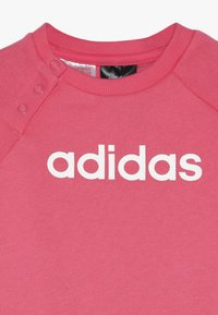 adidas Performance - ESSENTIALS LINEAR TRACKSUIT BABY SET - Træningssæt - pink/mottled grey/white - 4