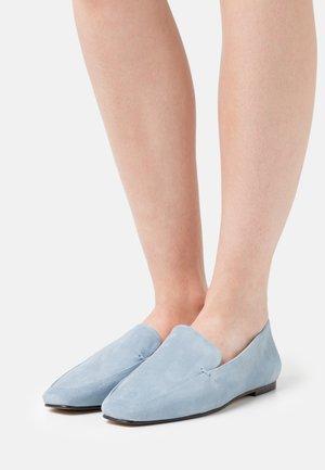 Slip-ons - blue