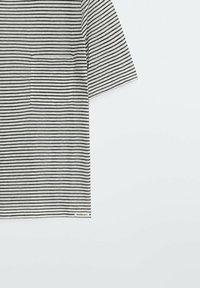 Massimo Dutti - Print T-shirt - white - 4