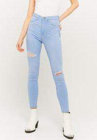 TALLY WEiJL - Jeans Skinny Fit - blue - 0