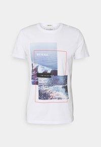 TOM TAILOR DENIM - WITH FOTOPRINT - Printtipaita - white - 5
