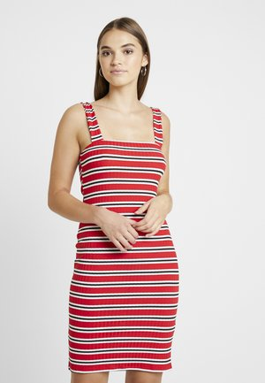SQUARE NECK STRAPPY DRESS - Robe fourreau - red