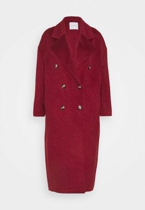 DADOULOVE - Classic coat - cerise