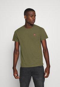 Levi's® - ORIGINAL TEE - T-shirts basic - olive night - 0