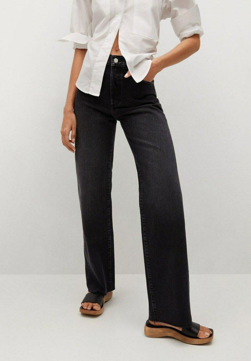 Mango - Flared Jeans - black denim