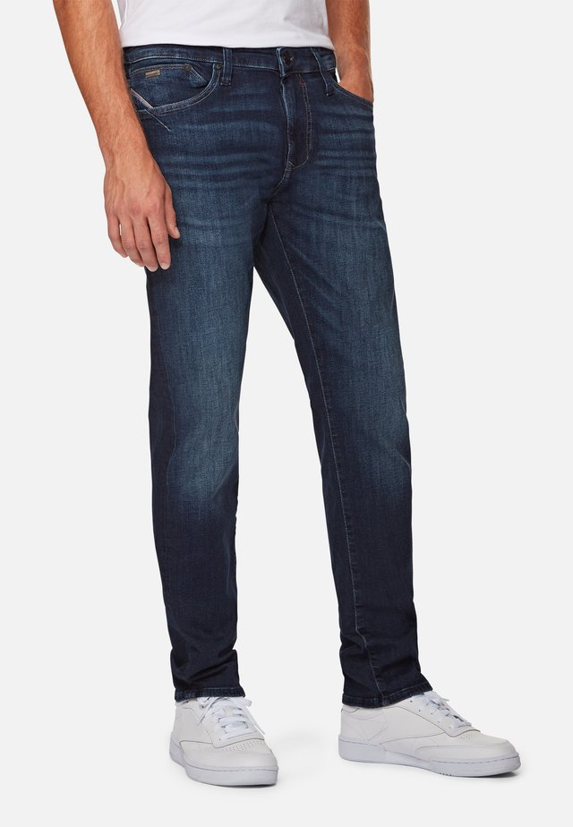 Slim fit jeans - dark brushed ultra move