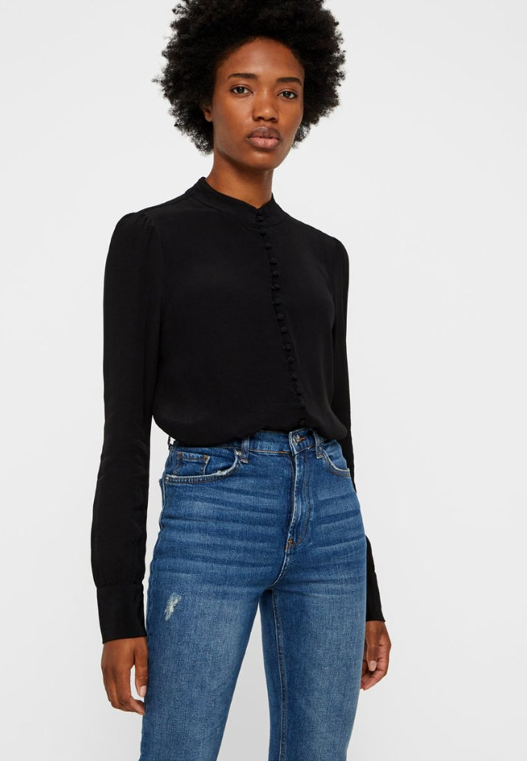 Vero Moda - JAPANISCHER - Button-down blouse - black