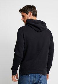 Hollister Co. - CORE ICON - Jersey con capucha - black - 2