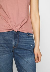 Abercrombie & Fitch - KNOTTED MIDI - Jednoduché triko - pink - 3