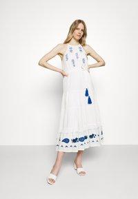 Desigual - Robe d'été - white - 1