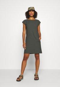 Houdini - DAWN DRESS - Sports dress - willow green - 1