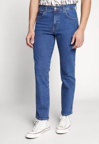 Wrangler - TEXAS - Straight leg jeans - best rocks - 0