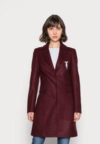 Liu Jo Jeans - CAPPOTTO JASMINUM - Classic coat - charm red - 0