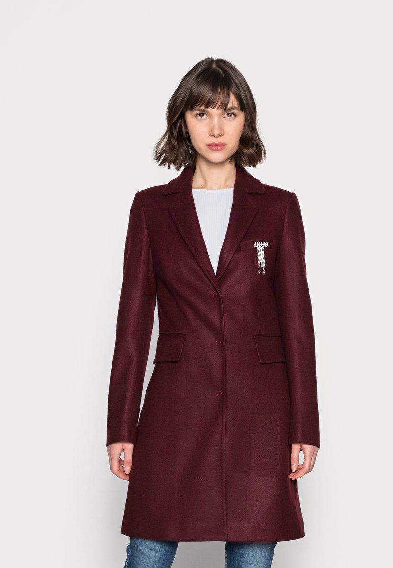 Liu Jo Jeans - CAPPOTTO JASMINUM - Classic coat - charm red