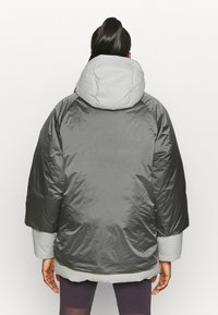 adidas Performance - URBAN COLD RDY OUTDOOR JACKET 2 IN 1 - Bunda z prachového peří - grey - 2