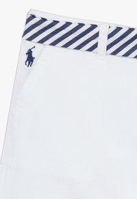 Polo Ralph Lauren - SOLID BOTTOMS - Kraťasy - white - 2