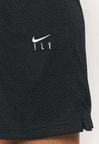 Nike Performance - FLY ESSENTIAL SHORT - Pantaloncini sportivi - black - 4