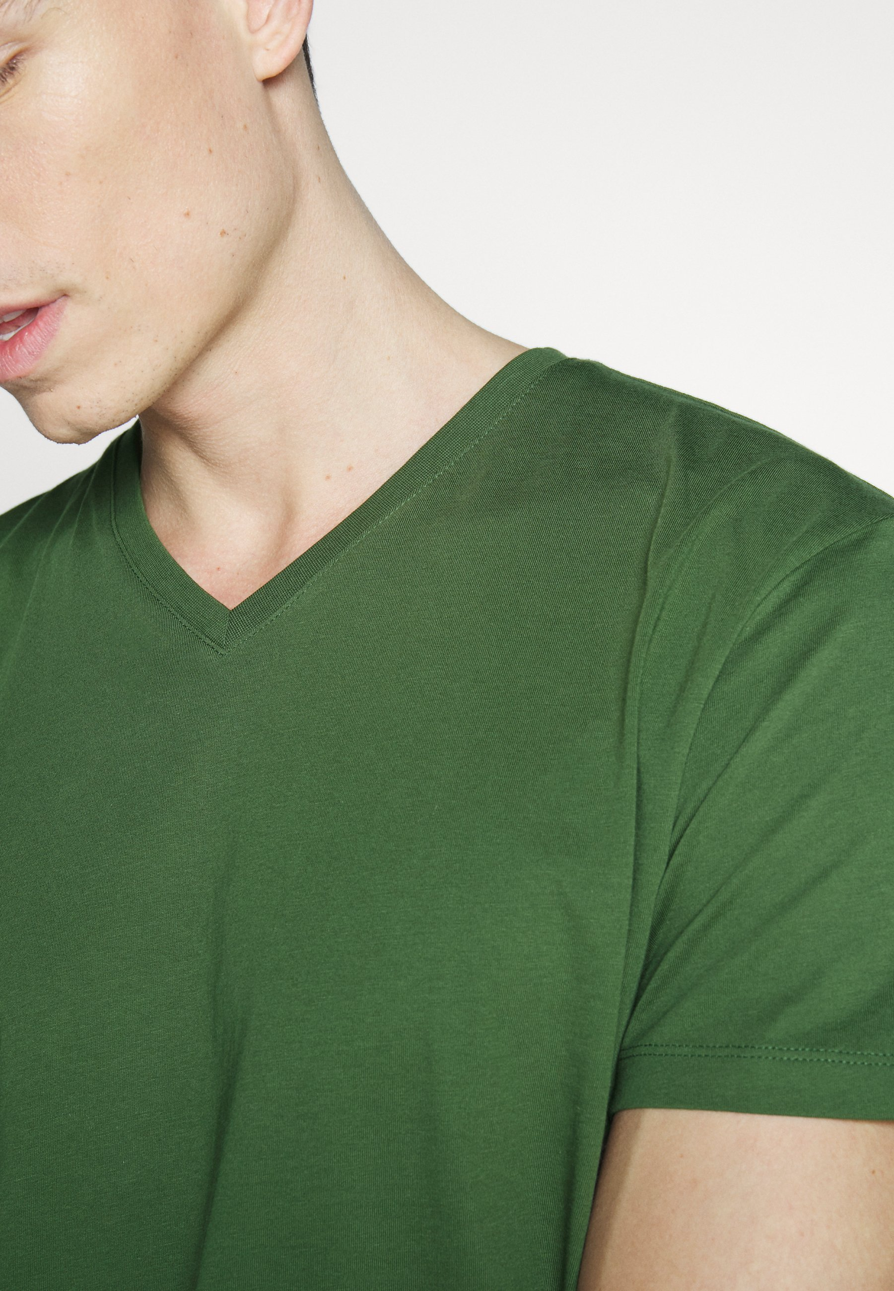 Esprit Basic T-shirt - khaki green IYXdo