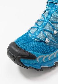 La Sportiva - ULTRA RAPTOR WOMAN - Trail running shoes - neptune/pacific blue - 5